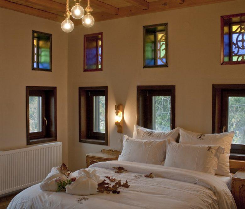 deluxe-double-room